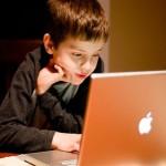 ارتباط استفادهی نوجوانان از رسانه های اجتماعی و اضطراب و کمبود خواب